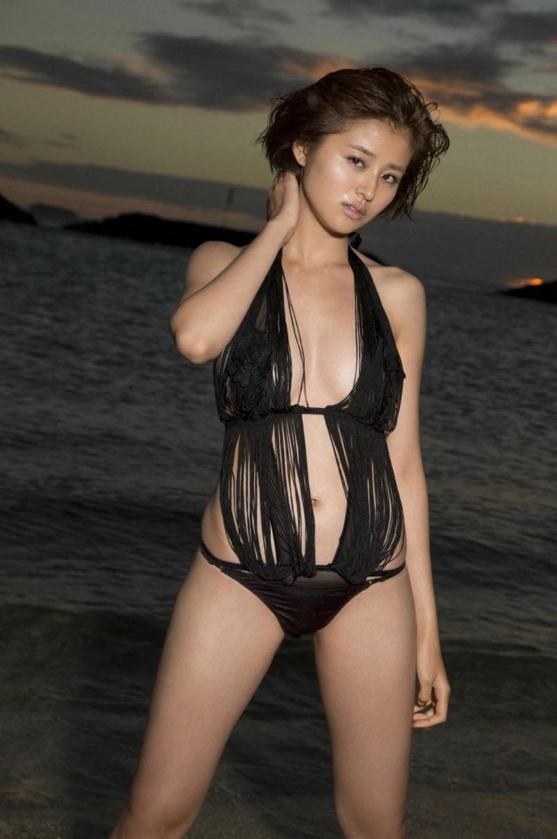 【鈴木ちなみビキニ画像】美人ファッションモデルのグラドルにも負けないセクシーなエロ水着姿 53
