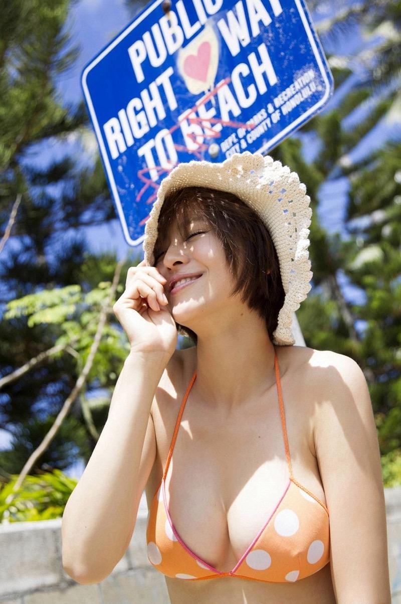 【鈴木ちなみビキニ画像】美人ファッションモデルのグラドルにも負けないセクシーなエロ水着姿 54