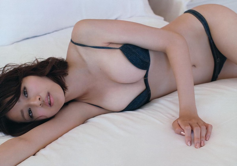 【鈴木ちなみビキニ画像】美人ファッションモデルのグラドルにも負けないセクシーなエロ水着姿 71