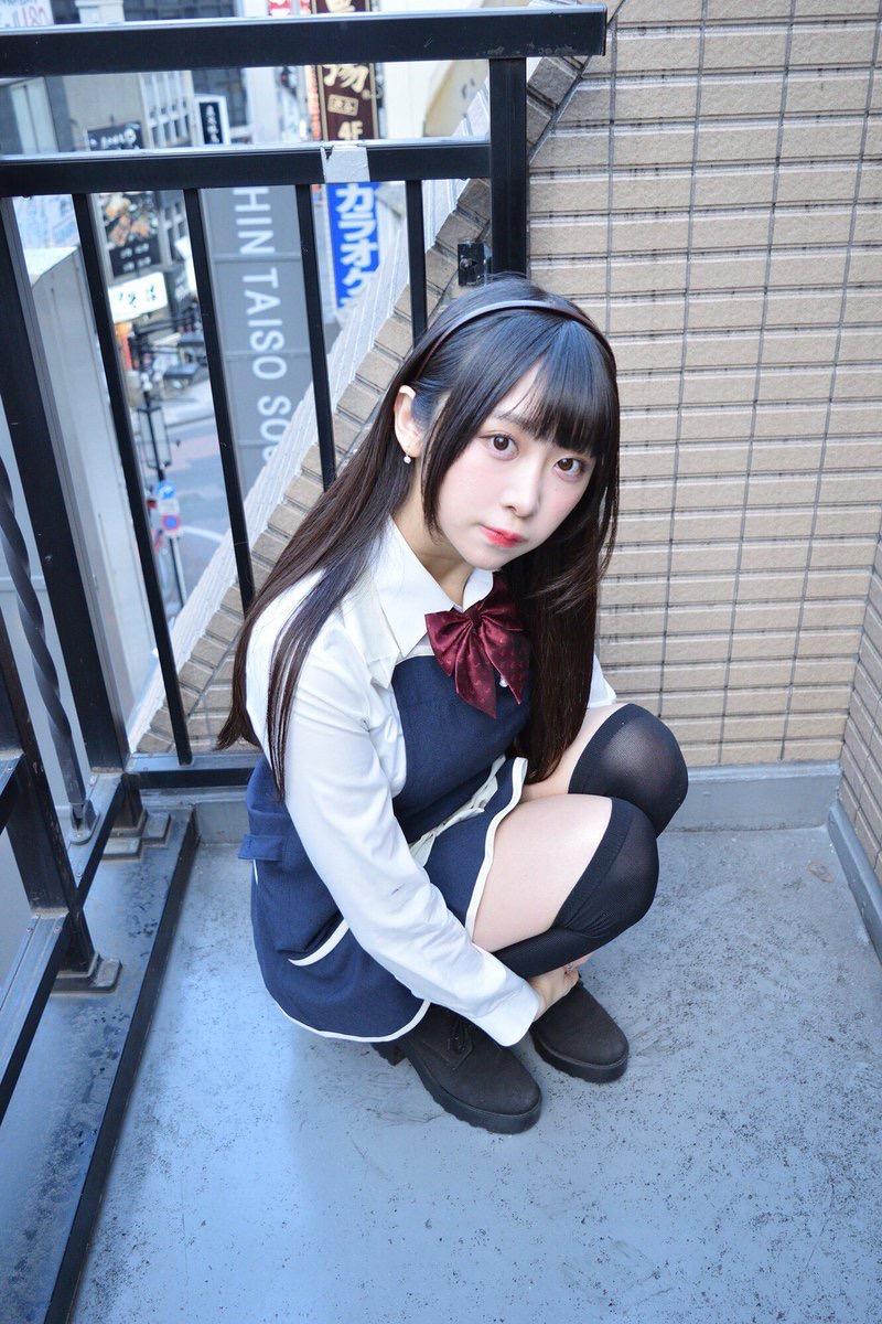 【真島なおみエロ画像】ドール系美少女と呼ばれるスタイル抜群な9頭身の高身長グラビアアイドル 43