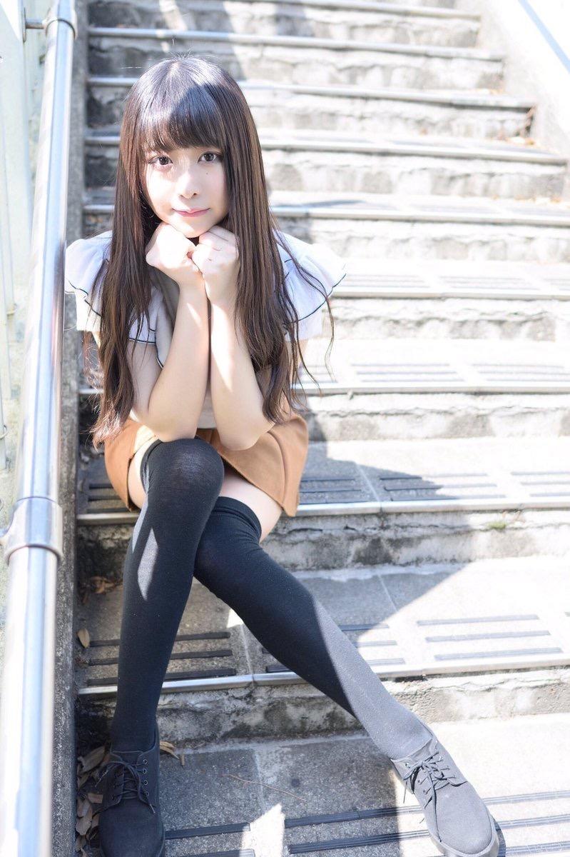 【真島なおみエロ画像】ドール系美少女と呼ばれるスタイル抜群な9頭身の高身長グラビアアイドル 44