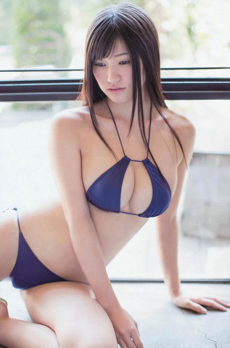 【変態水着エロ画像】フルヌードよりも恥ずかしいデザインがエロい水着姿のグラビア美女 52