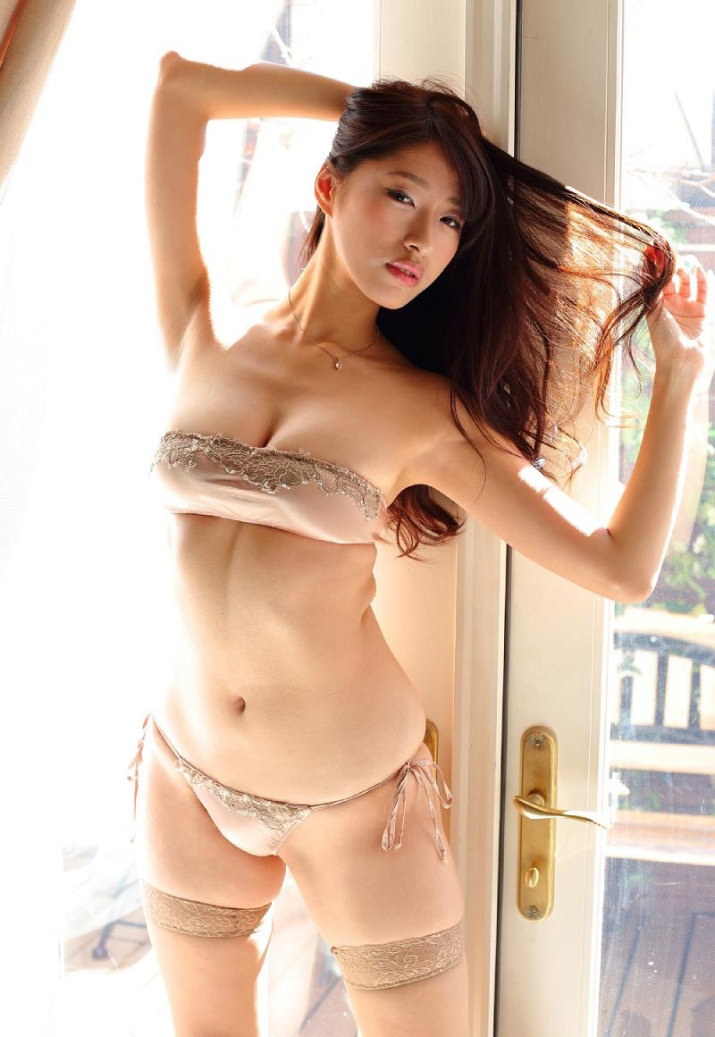 【染谷有香グラビア画像】処女である事を公言してしまったGカップ巨乳のグラビアアイドルwwww 05