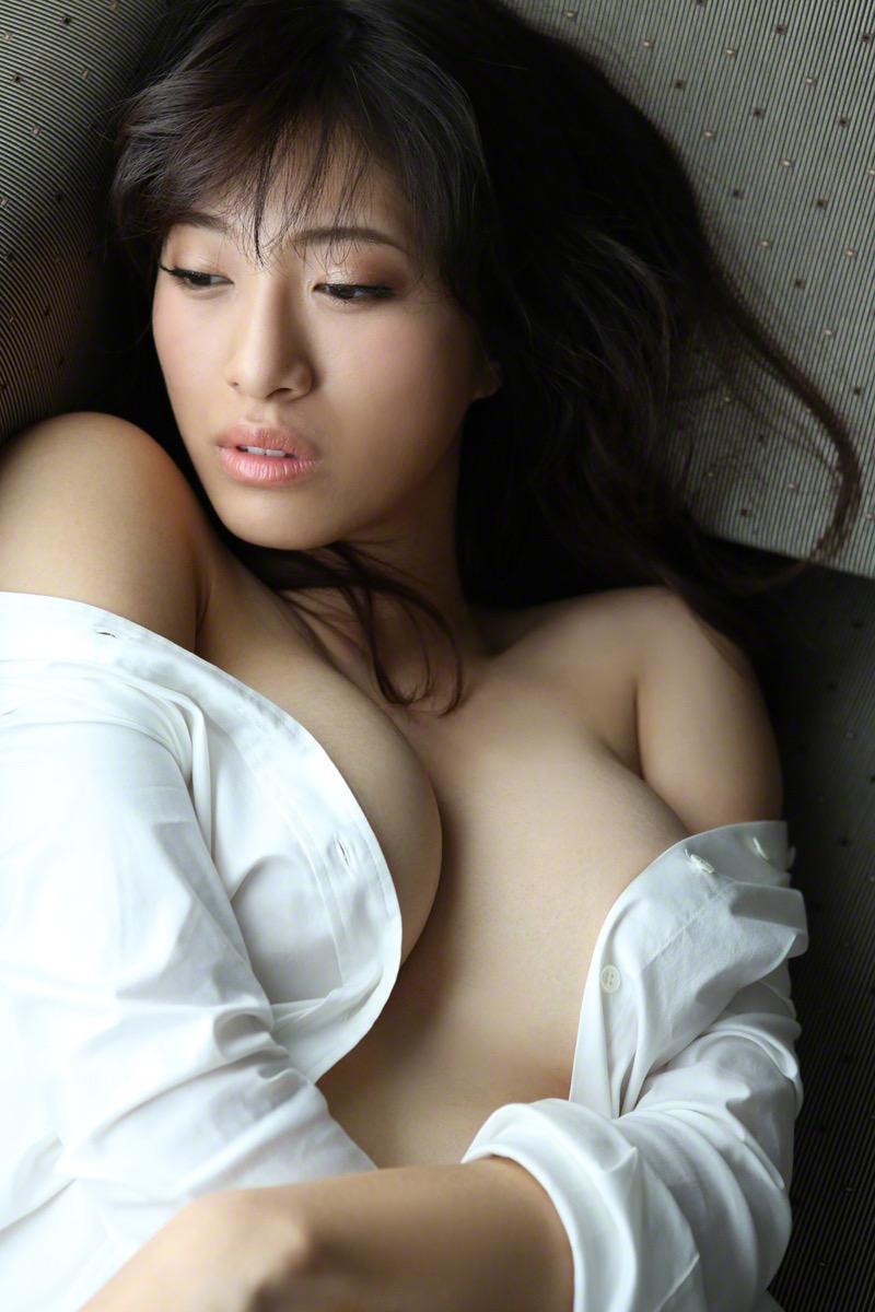 【染谷有香グラビア画像】処女である事を公言してしまったGカップ巨乳のグラビアアイドルwwww 20