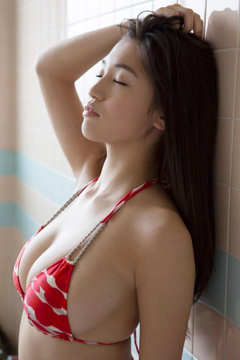 【高崎聖子グラビア画像】スタイル抜群なGカップメリハリボディが激シコい巨乳グラドル! 34
