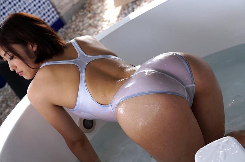 【競泳水着エロ画像】ボディラインがハッキリ分かる競技用とは思えないエロさ全開なハイレグ水着