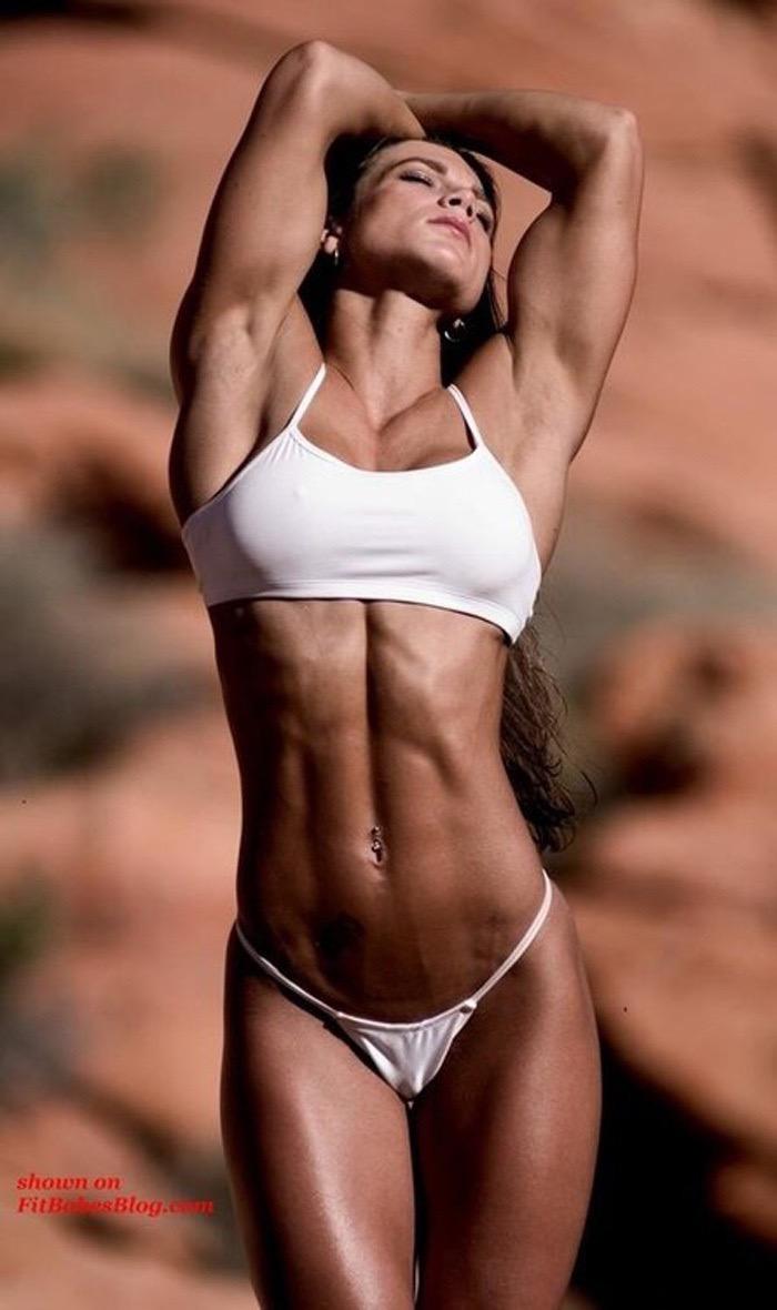 【腹筋エロ画像】セクシーな美女達の鍛え上げられた美しい腹筋がエロ過ぎてチンコ勃ったわwwww 54