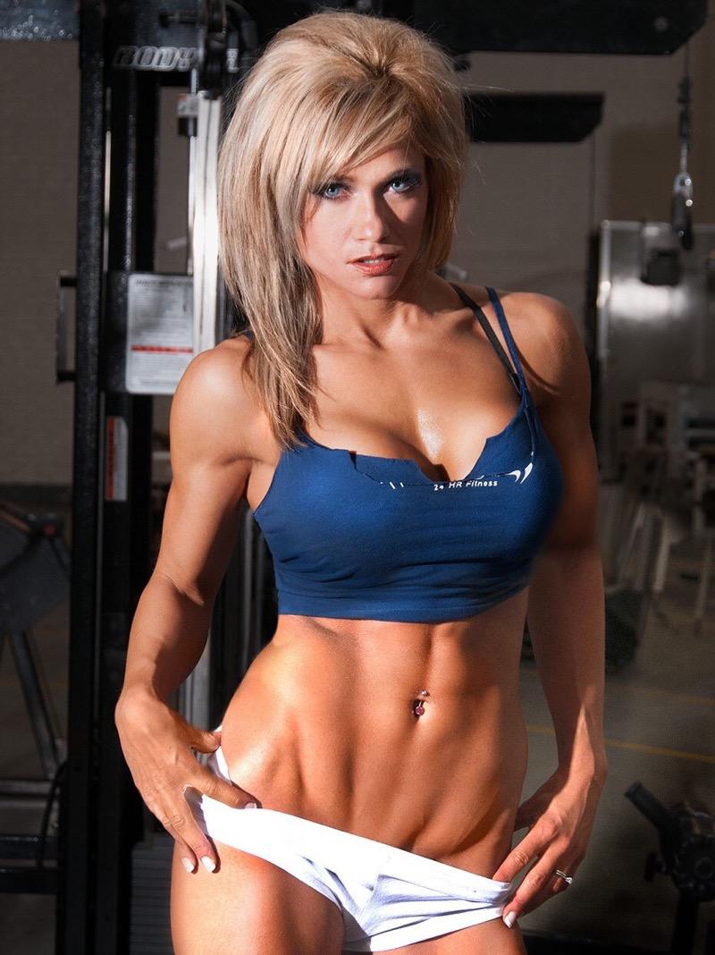 【腹筋エロ画像】セクシーな美女達の鍛え上げられた美しい腹筋がエロ過ぎてチンコ勃ったわwwww 58