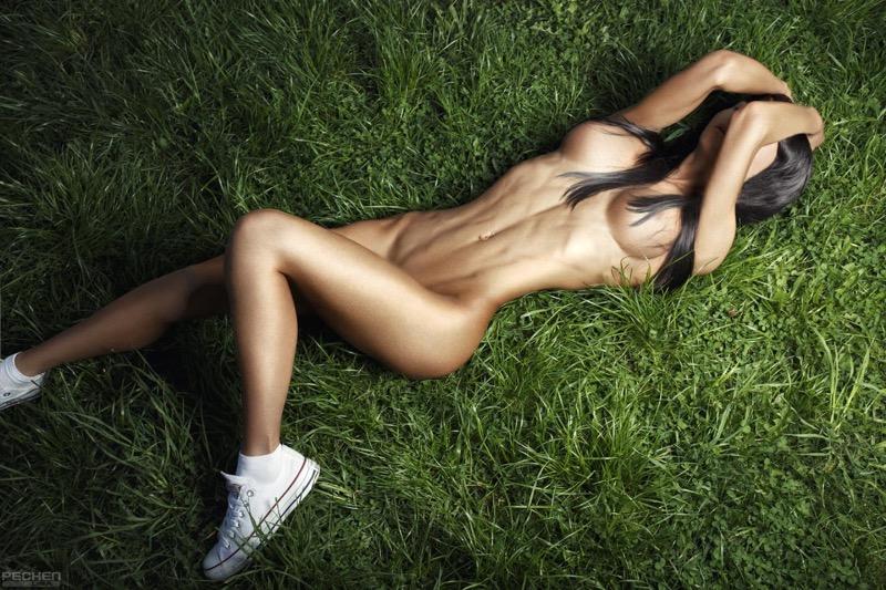 【腹筋エロ画像】セクシーな美女達の鍛え上げられた美しい腹筋がエロ過ぎてチンコ勃ったわwwww 78