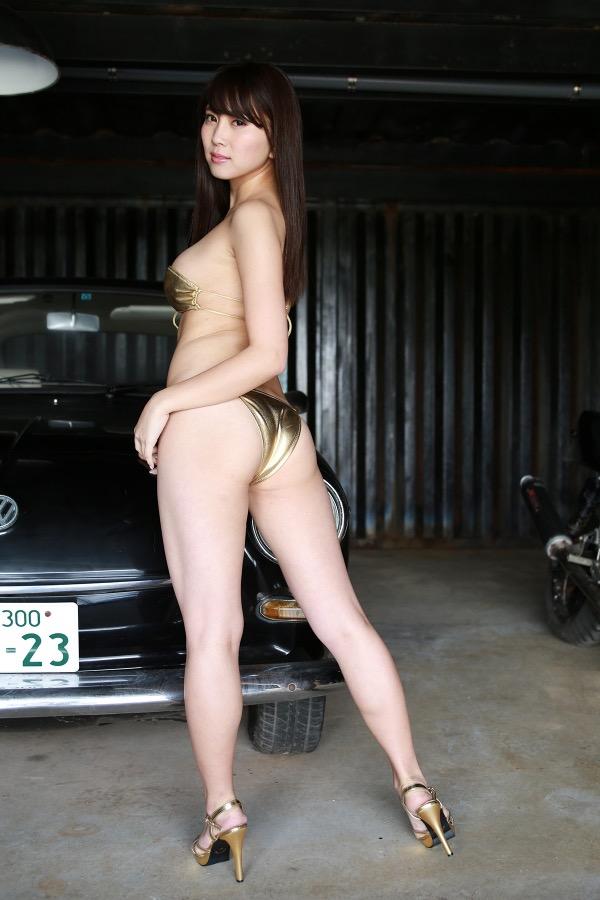 【森咲智美グラビア画像】セクシーでスタイル抜群なGカップくびれボディがめちゃシコ過ぎる! 18