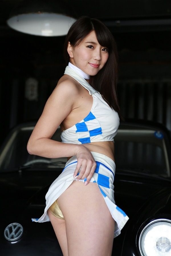 【森咲智美グラビア画像】セクシーでスタイル抜群なGカップくびれボディがめちゃシコ過ぎる! 26