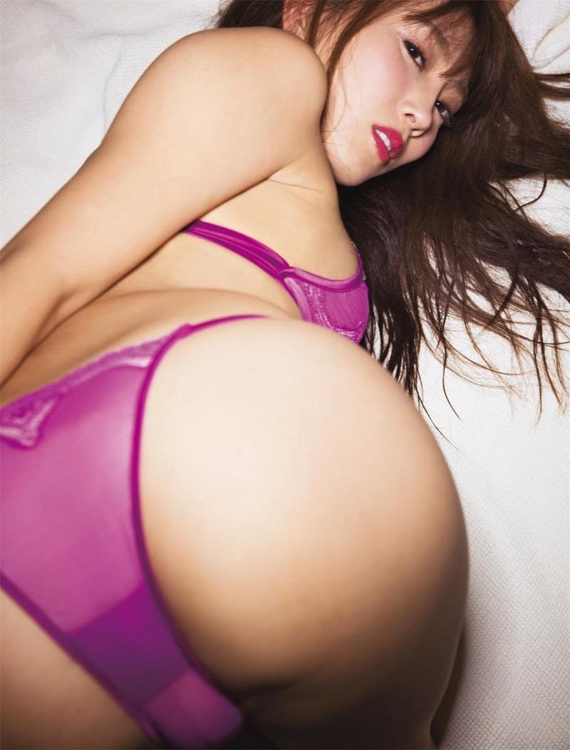 【森咲智美グラビア画像】セクシーでスタイル抜群なGカップくびれボディがめちゃシコ過ぎる! 67