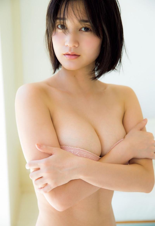 【出口亜梨沙グラビア画像】Gカップの巨乳過ぎるレポーターとして注目を浴びたグラビアアイドル 45