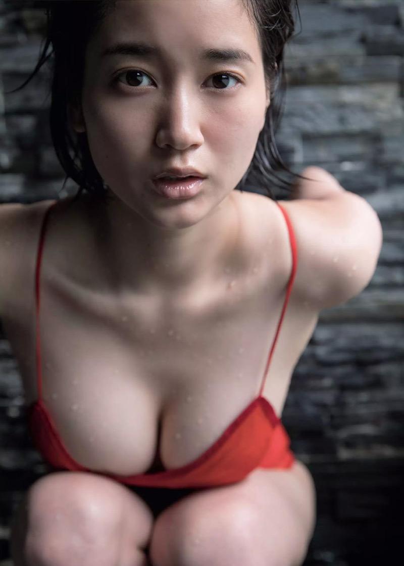 【出口亜梨沙グラビア画像】Gカップの巨乳過ぎるレポーターとして注目を浴びたグラビアアイドル 55