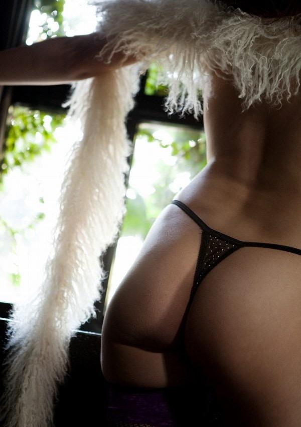 【椎名ゆなエロ画像】数多くの男性ファンを虜にさせたヌケる激エロEカップ巨乳ボディのAV女優 32