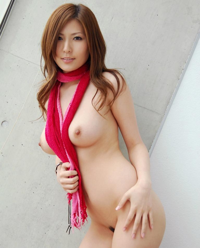 【椎名ゆなエロ画像】数多くの男性ファンを虜にさせたヌケる激エロEカップ巨乳ボディのAV女優 46