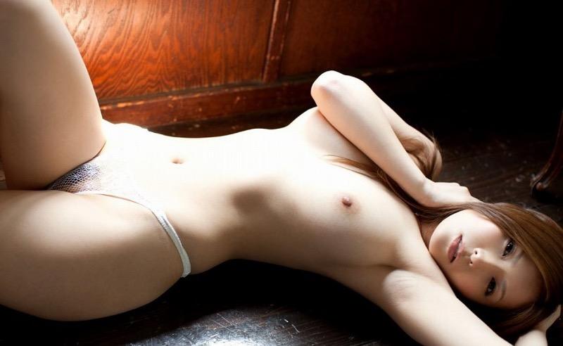 【椎名ゆなエロ画像】数多くの男性ファンを虜にさせたヌケる激エロEカップ巨乳ボディのAV女優 51