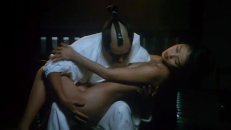 【放送事故画像】女優やタレントそしてお笑い芸人がテレビ放送で見せちゃったオッパイとセックス画像 49
