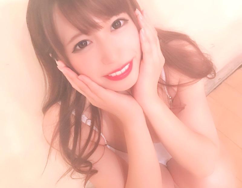 【桜りんエロ画像】ベビーフェイスにFカップ巨乳のギャップあるエロボディで大人気売出し中のグラドル!