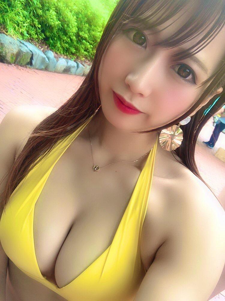 【桜りんエロ画像】ベビーフェイスにFカップ巨乳のギャップあるエロボディで大人気売出し中のグラドル! 23