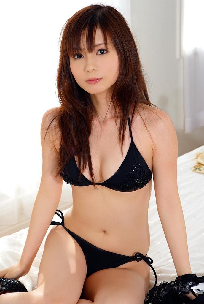【中川翔子グラビア画像】しょこたんブログで有名になったブロガータレントのエロビキニ画像 37