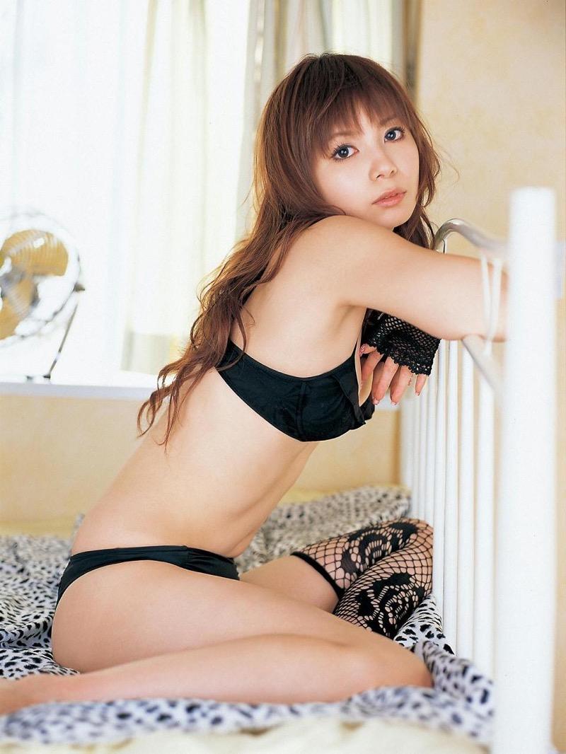 【中川翔子グラビア画像】しょこたんブログで有名になったブロガータレントのエロビキニ画像 63