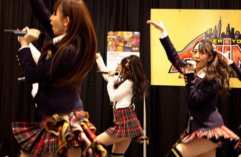 【AKB48放送事故画像】アイドルっていつでもどこでもエロいハプニングを期待されて大変だなぁw 24