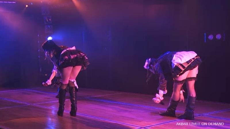 【AKB48放送事故画像】アイドルっていつでもどこでもエロいハプニングを期待されて大変だなぁw 25