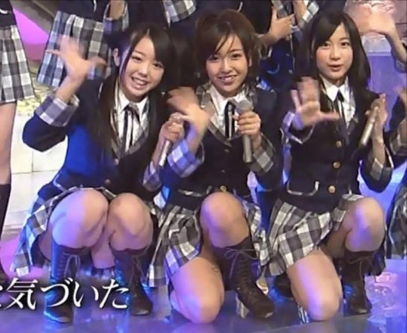 【AKB48放送事故画像】アイドルっていつでもどこでもエロいハプニングを期待されて大変だなぁw 28