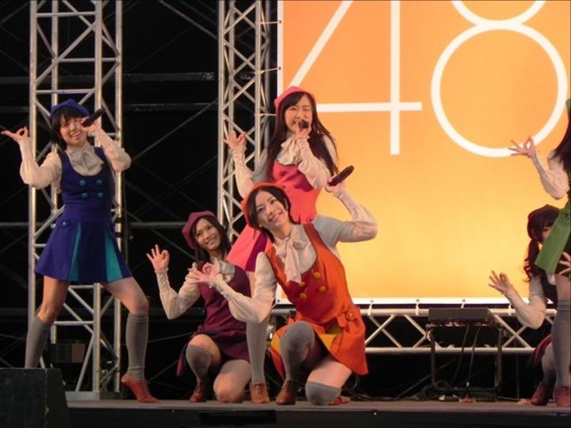 【AKB48放送事故画像】アイドルっていつでもどこでもエロいハプニングを期待されて大変だなぁw 48