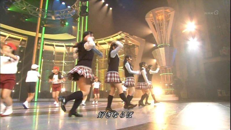 【AKB48放送事故画像】アイドルっていつでもどこでもエロいハプニングを期待されて大変だなぁw 60