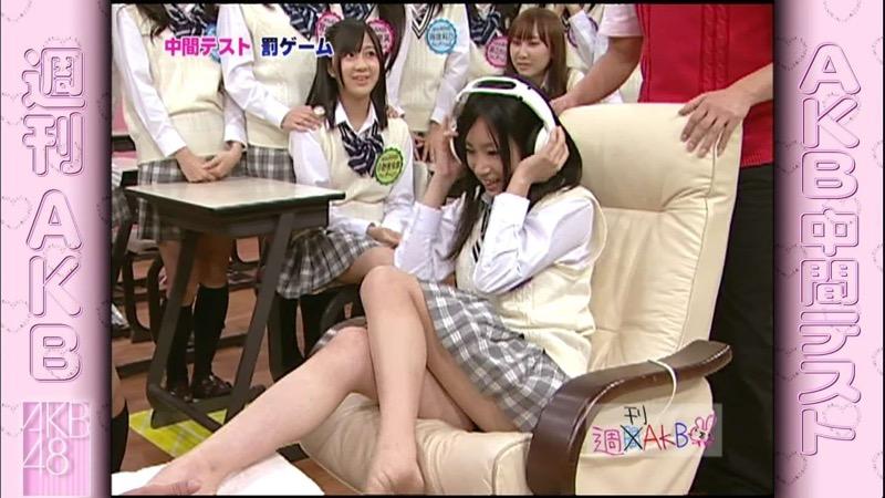 【AKB48放送事故画像】アイドルっていつでもどこでもエロいハプニングを期待されて大変だなぁw 61