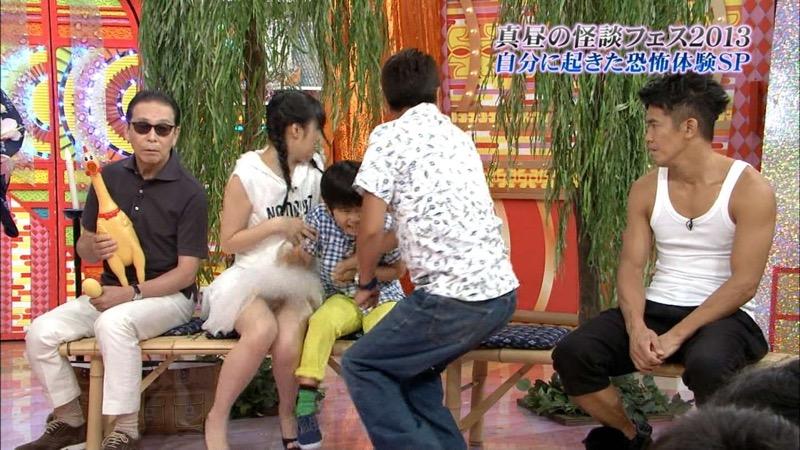 【AKB48放送事故画像】アイドルっていつでもどこでもエロいハプニングを期待されて大変だなぁw 67