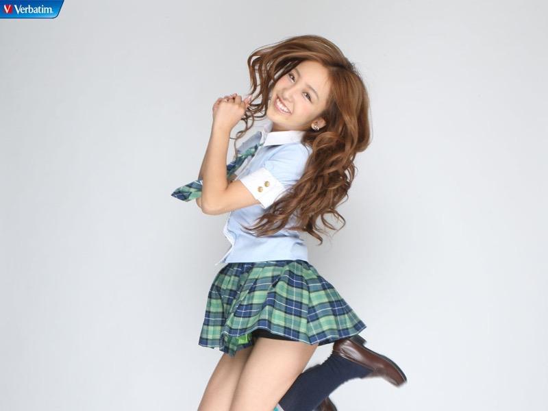 【AKB48放送事故画像】アイドルっていつでもどこでもエロいハプニングを期待されて大変だなぁw 75