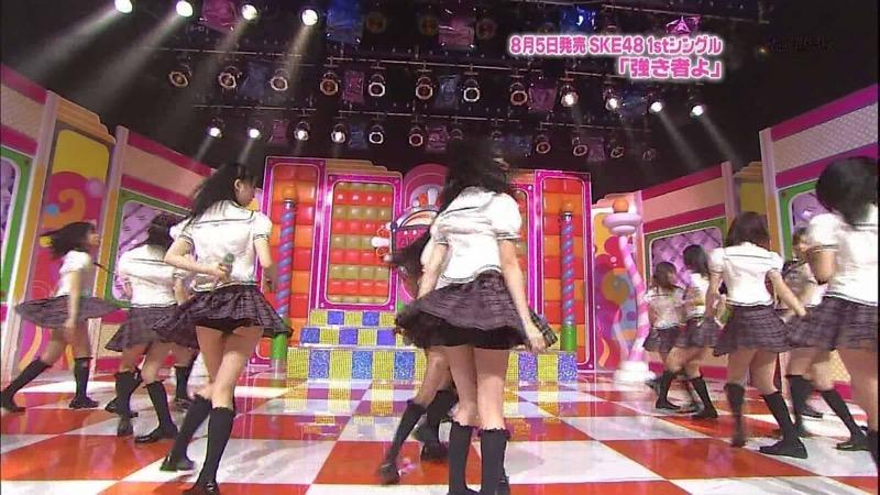 【AKB48放送事故画像】アイドルっていつでもどこでもエロいハプニングを期待されて大変だなぁw 77