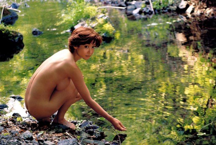 【細川ふみえエロ画像】巨乳グラドルの草分け的存在だったレジェンド級タレントの現在は? 36