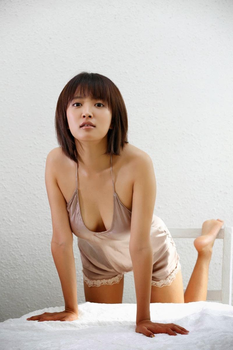 【夏菜グラビア画像】アラサーになってもショートヘアが似合って可愛いスレンダー美人女優 50