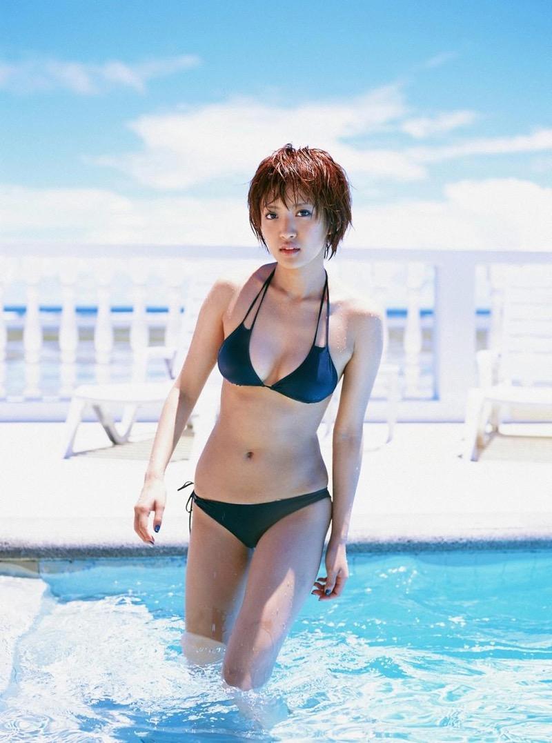 【夏菜グラビア画像】アラサーになってもショートヘアが似合って可愛いスレンダー美人女優 57