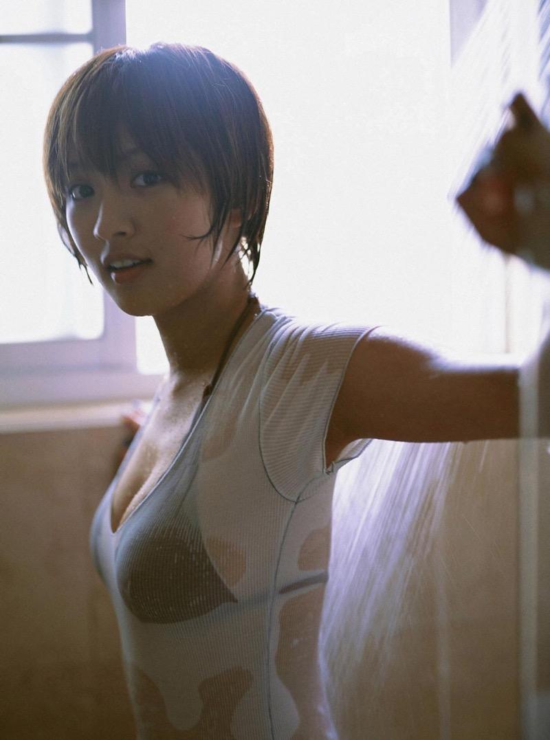 【夏菜グラビア画像】アラサーになってもショートヘアが似合って可愛いスレンダー美人女優 62