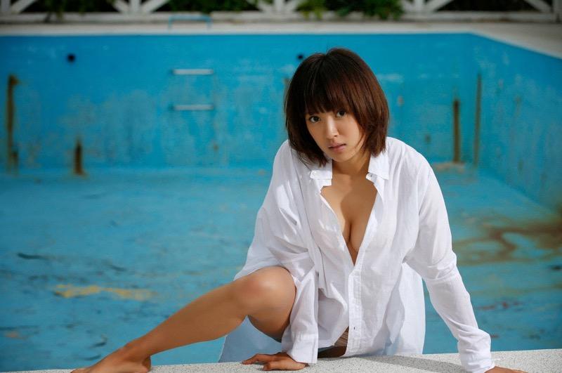 【夏菜グラビア画像】アラサーになってもショートヘアが似合って可愛いスレンダー美人女優 79