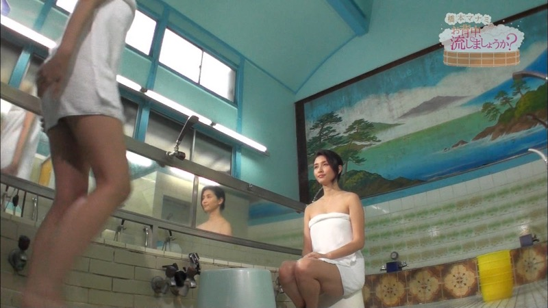 【温泉キャプ画像】橋本マナミがグラビアアイドルの背中を流しながら放送事故が起きそうなエロトークw 71