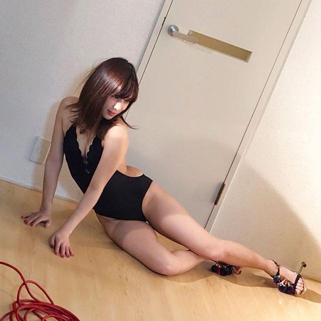 【夏本あさみエロ画像】アイドルから転身した美少女グラドルのスレンダーな軟体ボディがめちゃシコ! 18