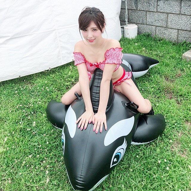 【夏本あさみエロ画像】アイドルから転身した美少女グラドルのスレンダーな軟体ボディがめちゃシコ! 36