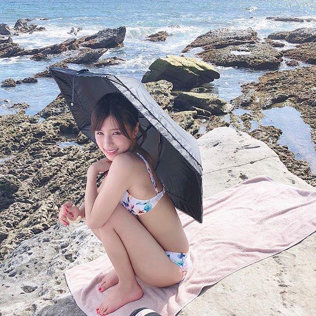 【夏本あさみエロ画像】アイドルから転身した美少女グラドルのスレンダーな軟体ボディがめちゃシコ! 38