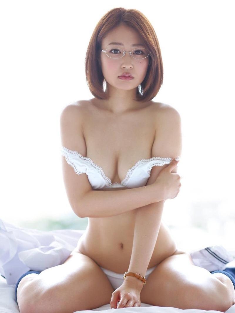 【仁藤みさきグラビア画像】折れそうな細い腰にHcup爆乳というギャップボディが激シコいスレンダー美女 29