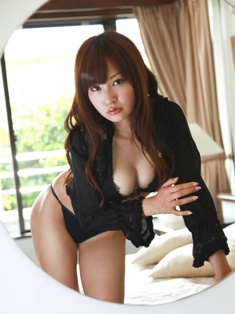 【仁藤みさきグラビア画像】折れそうな細い腰にHcup爆乳というギャップボディが激シコいスレンダー美女 44