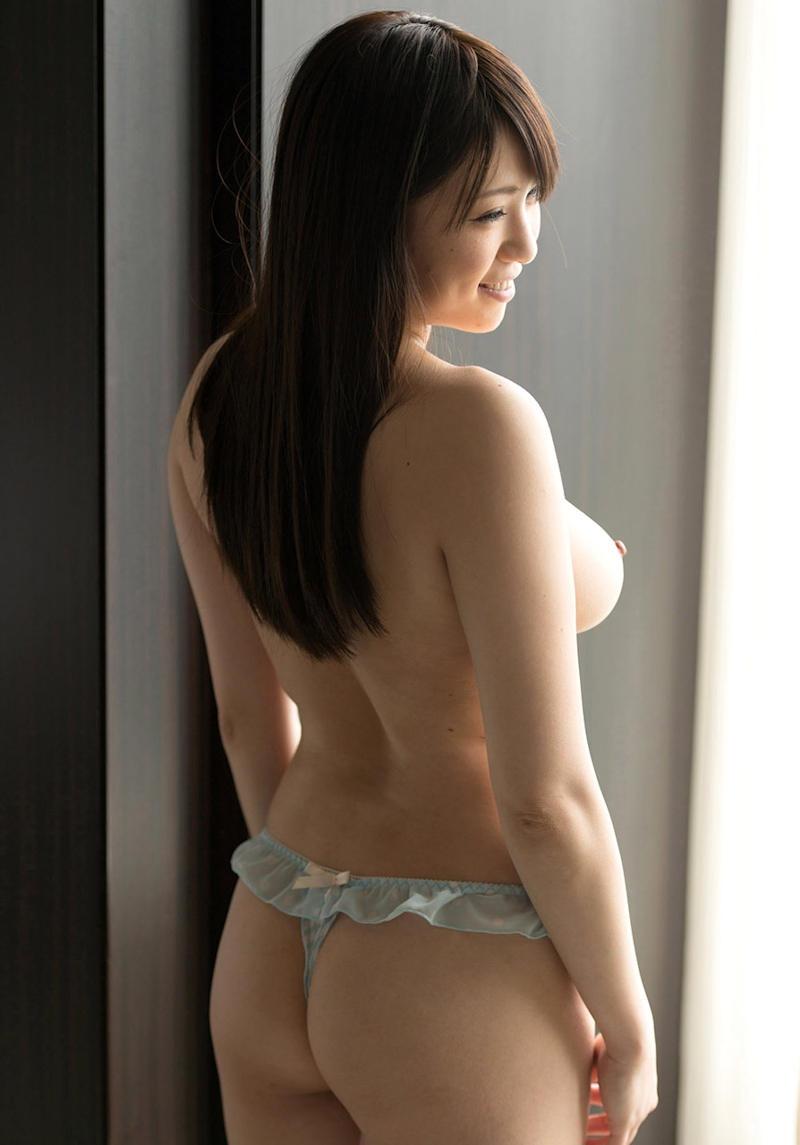【可愛いパンツ画像】可愛い女子がエッチなパンツを穿いて見せつけてくる姿でチンコ勃つわwwww 22