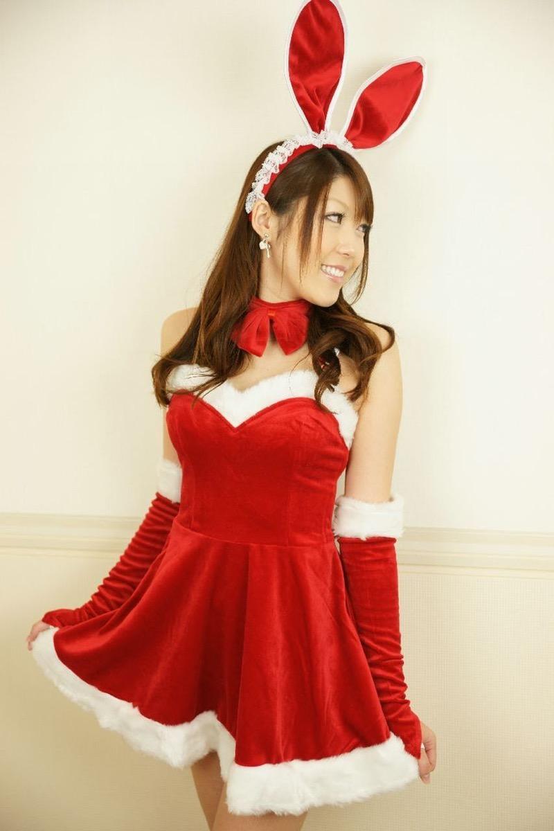 【バニーガール画像】セクシー美女がウサ耳着けてハイレグに網タイツを穿いてる姿がめちゃスコ! 64