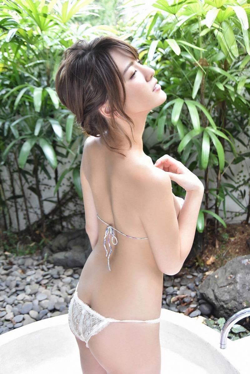 【奈月セナグラビア画像】モデル顔負けな長身にGカップ巨乳と巨尻のメリハリボディが激シコ! 47