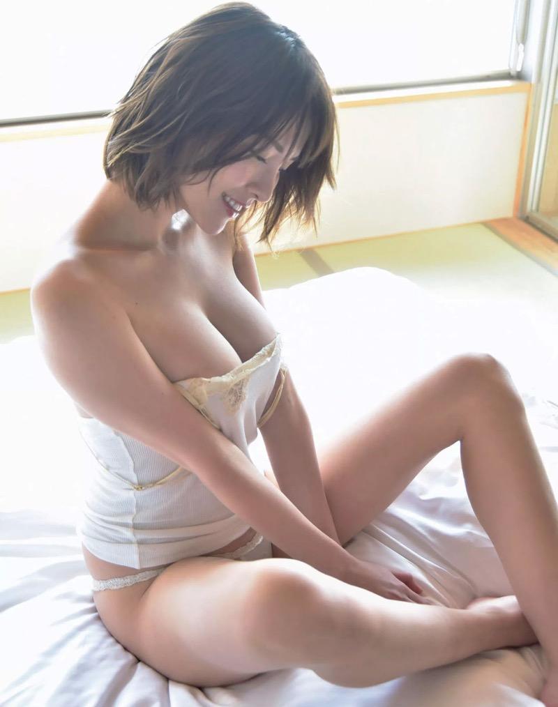 【奈月セナグラビア画像】モデル顔負けな長身にGカップ巨乳と巨尻のメリハリボディが激シコ! 71